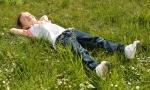Wie Sie Ihren Rasen richtig anlegen und pflegen